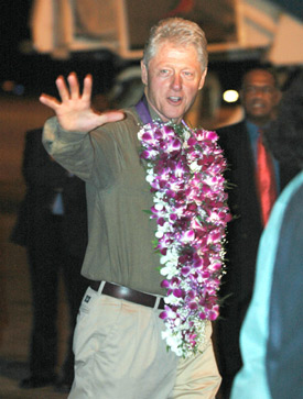 billclintoninsrilanka.jpg